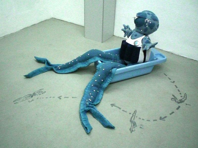 Baadster(bather) at Welten schaffen, Galerie Schwenck, Castrop-Rauxel, Deutschland, 2010, blanket statue with tape drawing