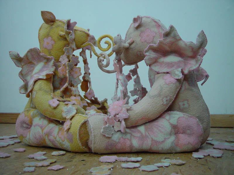 Girlfriends, Teddy bears, blanket statue 2008, 130x160x100 cm.